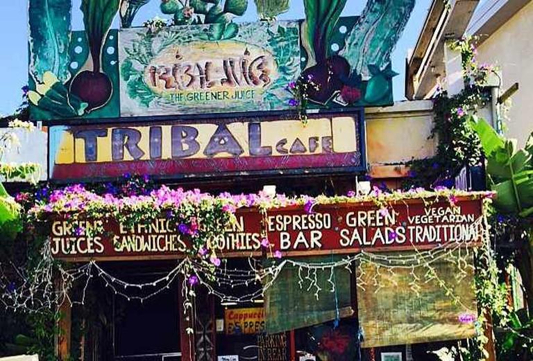 Tribal Café Open-Mic Venue | © Jasmine Ashoori