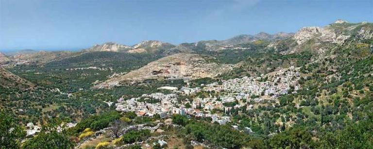 Panoramic view of Filoti, Naxos | © Tango7174 / WikiCommons