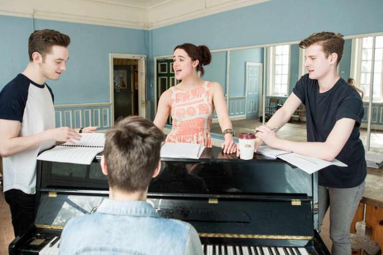 Thoroughly Modern Millie Rehearsals ©Landor Theatre