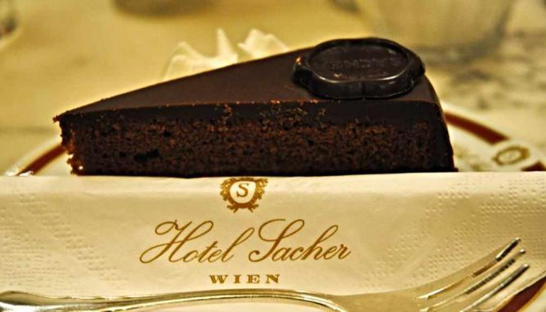 Sachertorte at Hotel Sacher © Veronica Bordacchini/Flickr