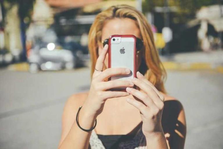 Is it a selfie? | © Pexels