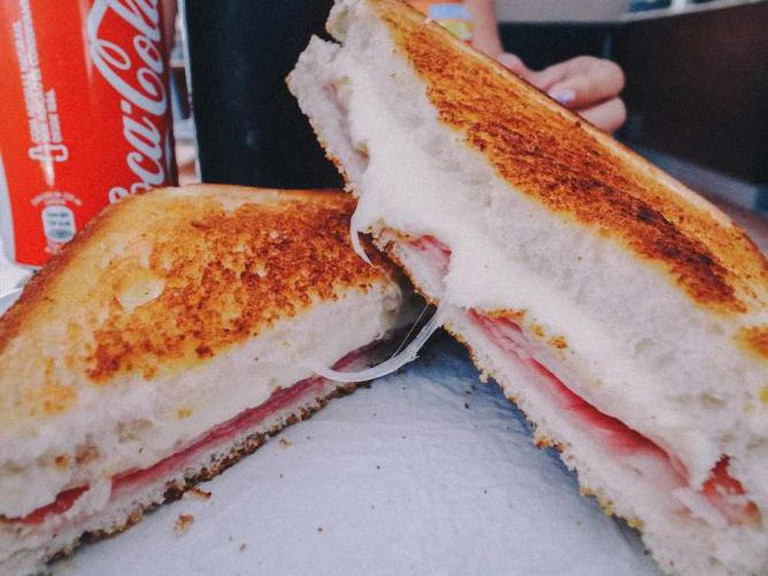 Ham and Cheese Sandwich | ©Kenneth/Flickr