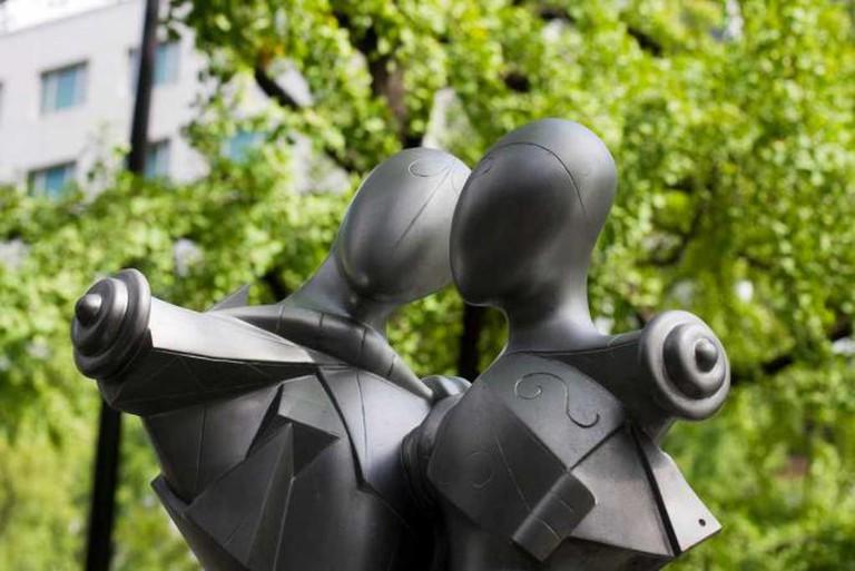 Sculpture on Midosuji avenue