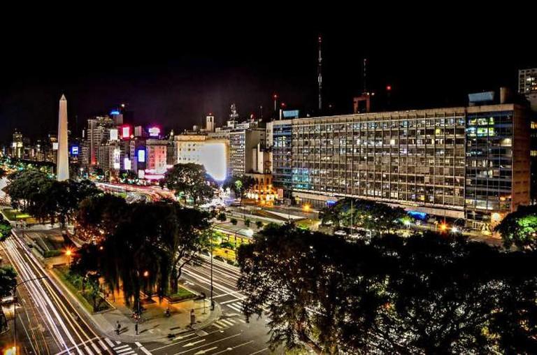 Avenida 9 de Julio, Buenos Aires © Javier Luque/Flickr