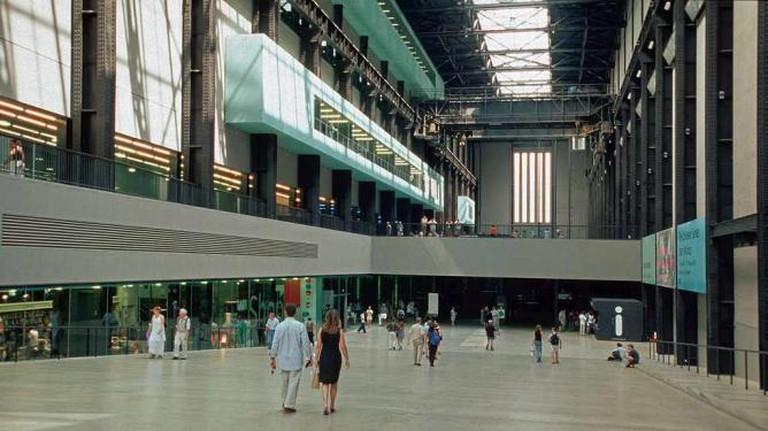 Tate Modern | © Hans Peter Schaefer/Wikicommons