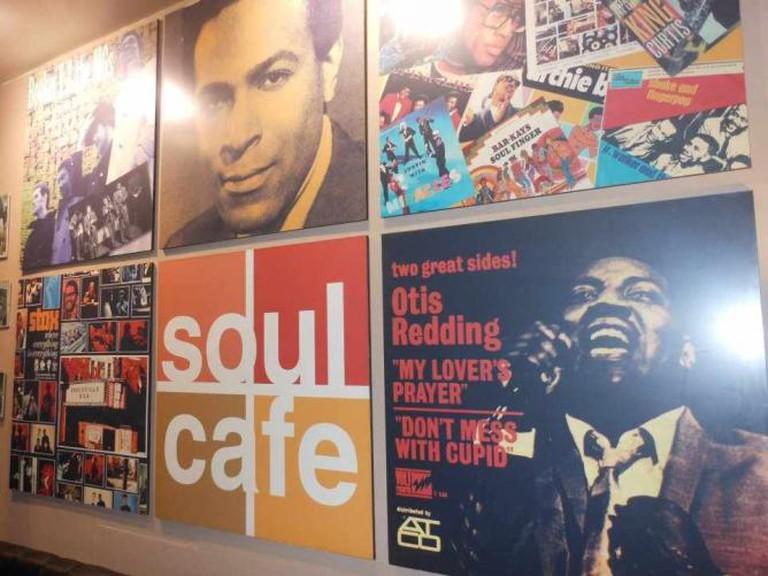 Décor | Courtesy of Soul Café and Bar