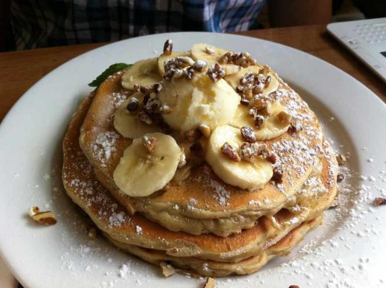 Banana & Pecan Pancakes | feministjulie/Flickr