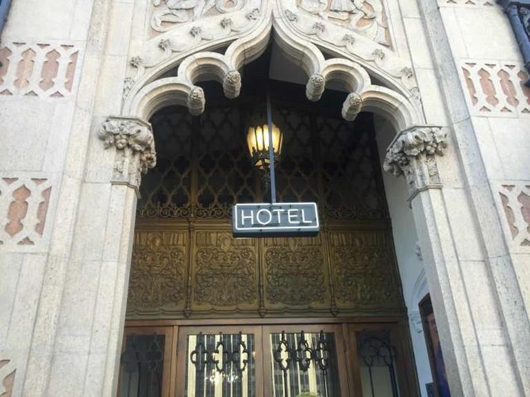 Ace Hotel Historic Entrance | © Jasmine Ashoori