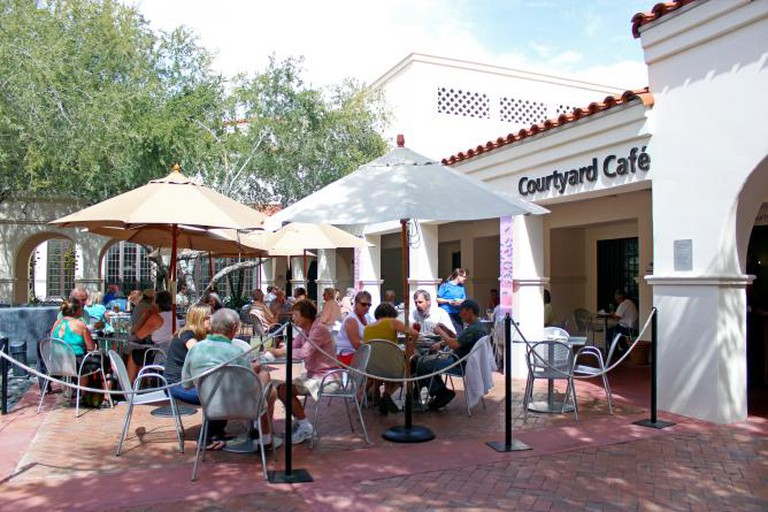 Courtyard Café | courtesy of Taylor Peterson/Heard Museum