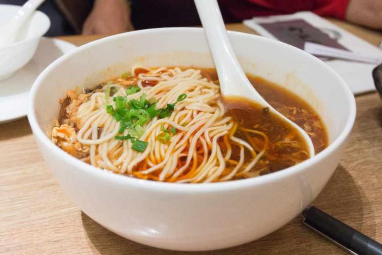 Noodles with Hot and Sour Soup/Chinese Food Culture
