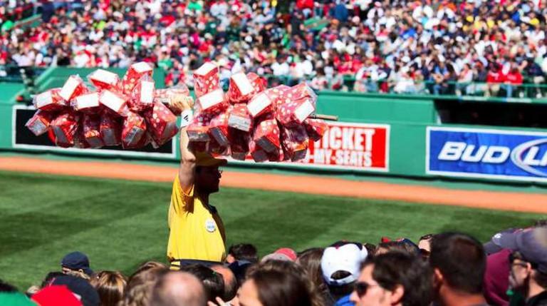 Popcorn vendor | © Owen Byrne/Flickr
