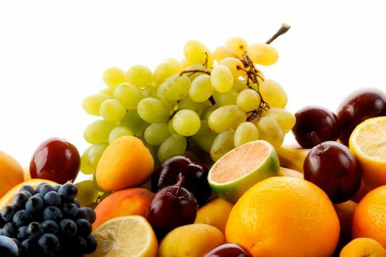 Fresh Fruits | © Onef9day/WikiCommons
