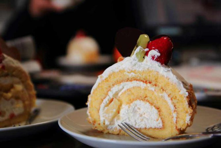 Fruit roll cake | © t-mizo/Flickr