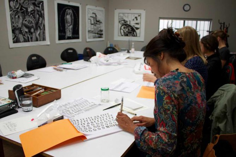 Students practice letter formations | © Megan Cosgrove