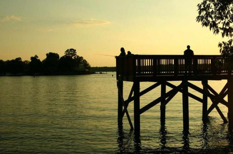Lake Wylie of McDowell Nature Center © Madhan Karthikeyan/Flickr