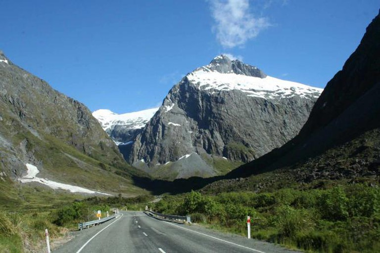 Milford Road, New Zealand | © MSeses/WikiCommons