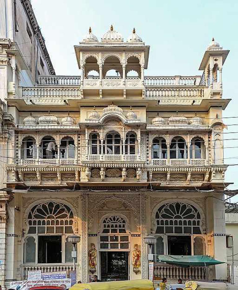 Kanch Mandir, Indore   © Bernard Gagnon/WikiCommons