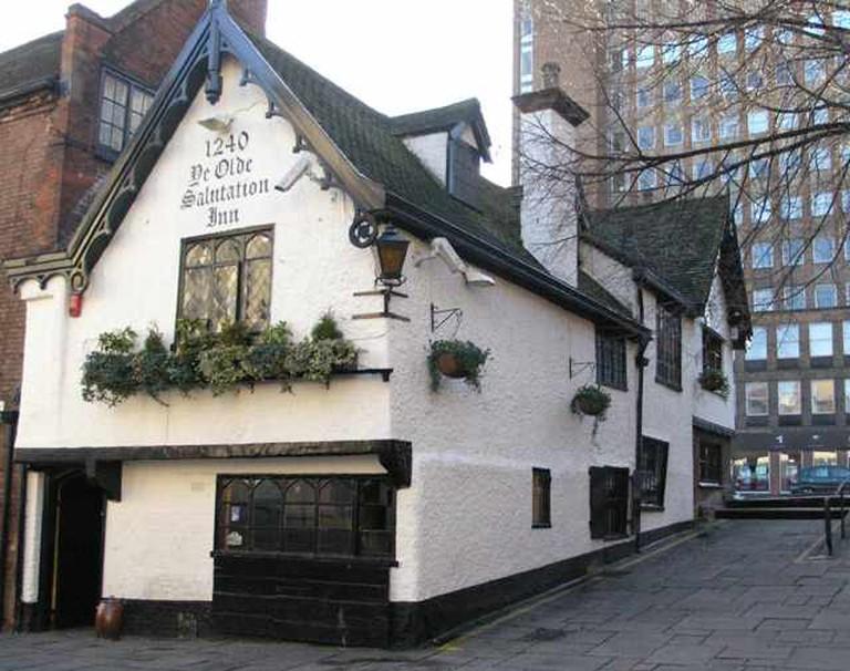 Ye Olde Salutation Inn   © David Lally/WikiCommons