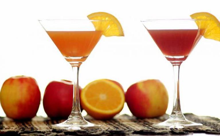 Cocktails   © Kirti Poddar/Flickr