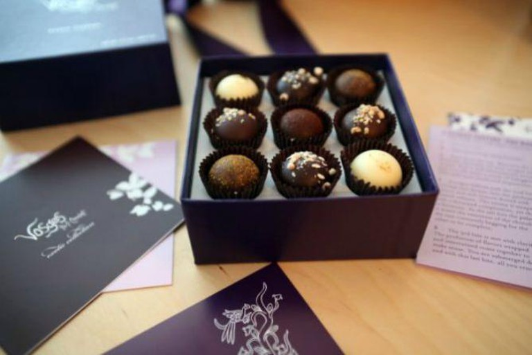 vosges chocolate and light | © Gail/Flickr