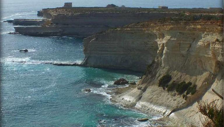 Cliffs at Xrobb l-Ghagin