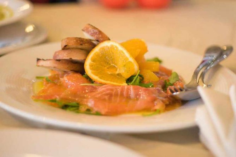 Carpaccio Di Salmone | © David Ramalho/Flickr