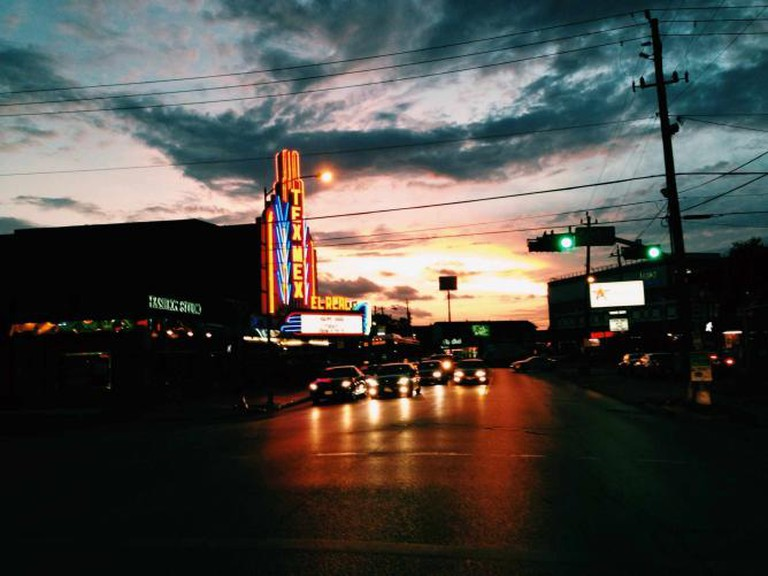Montrose Sunset   © urban.houstonian/Flickr