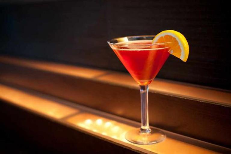 Luxury Cocktails & Bar Photos | © Edson Hong/Flickr