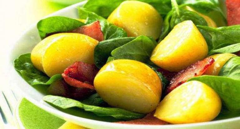 Warm Spinach-Potato Salad | © Cooking SoftwareOz/Flickr