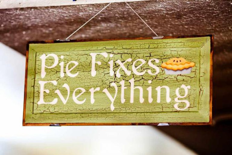 Pie Fixes Everything | © Thomas Hawk/Flickr