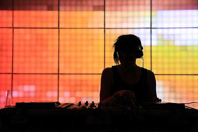 DJ at TheHighway l © StephenMitchell/Flickr