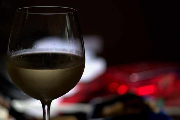 Divine Wine l © fs999/Flickr
