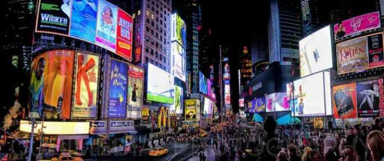 Times Square, New York   © Curimedia   P H O T O G R A P H Y/Flickr