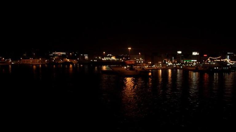 Piraeus by night | © Martin Belam/Flickr