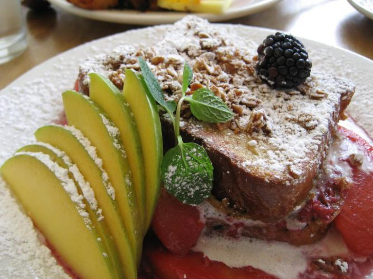 Peach & blackberry French toast, m. henry | © Lauren/Flickr