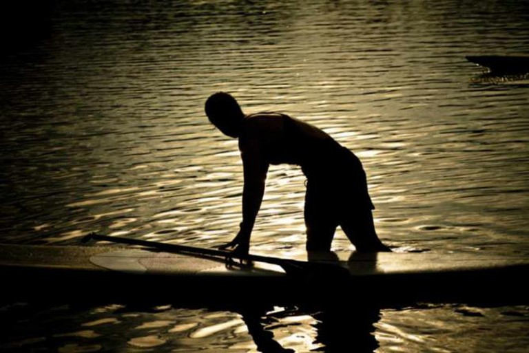 Paddle boarding | © The.Rohit/Flickr