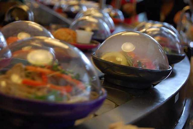 Moody Sushi|©Iain Farrell/Flickr
