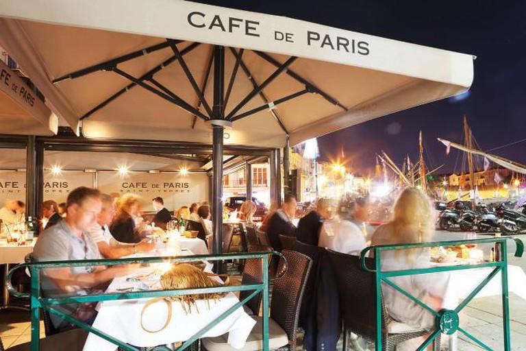 Dining on the Waterfront l Courtesy of Nicolas Duffard, Cafe de Paris