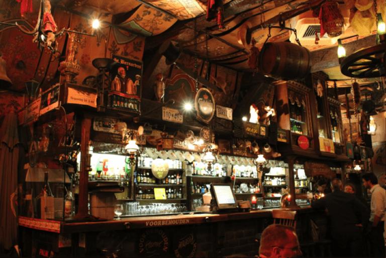 de Dulle Greit - traditional Belgian pub | © Isabel Leong