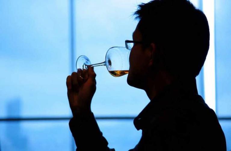 Wine drinker | © Fabio Ingrosso/Flickr