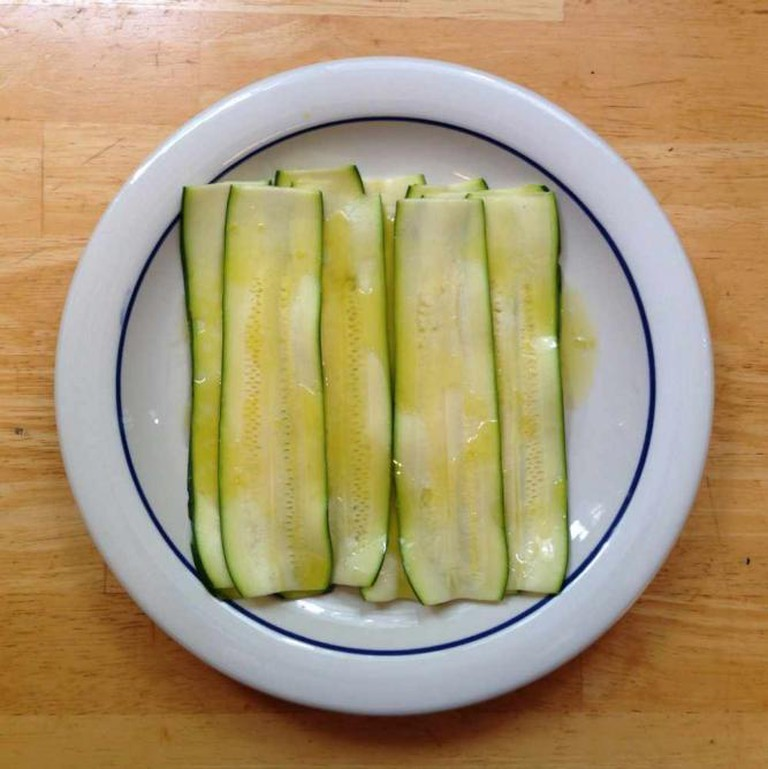 Zucchini carpaccio   © Joy/Flickr