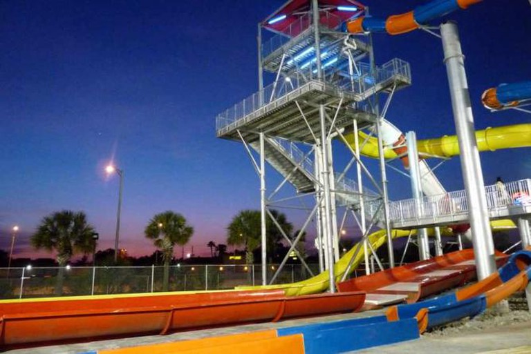 Water slide tower | © Leigh Caldwell/Flickr