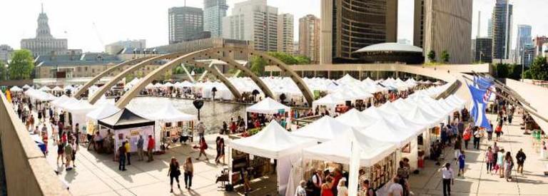 Toronto Outdoor Art Exhibition | © Chung Ho Leung/Flickr