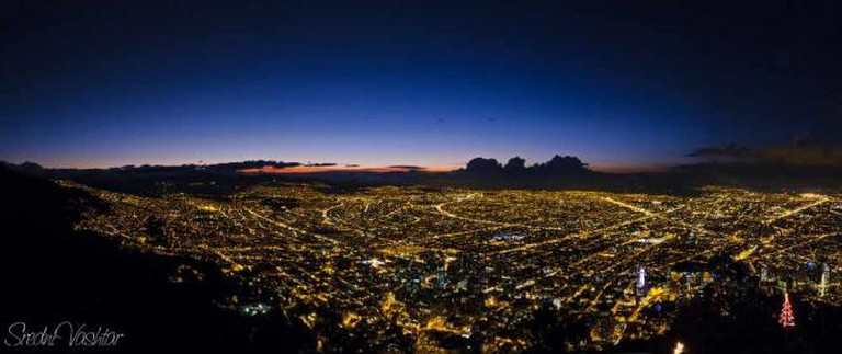 A view of Bogotá from Cerro Monserrate |  ©Flickr