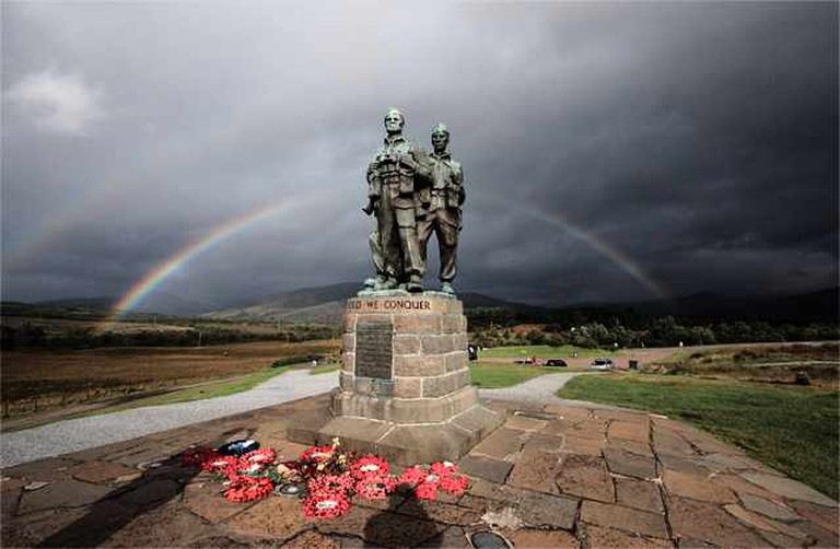 Rainbow over the Commando Monument
