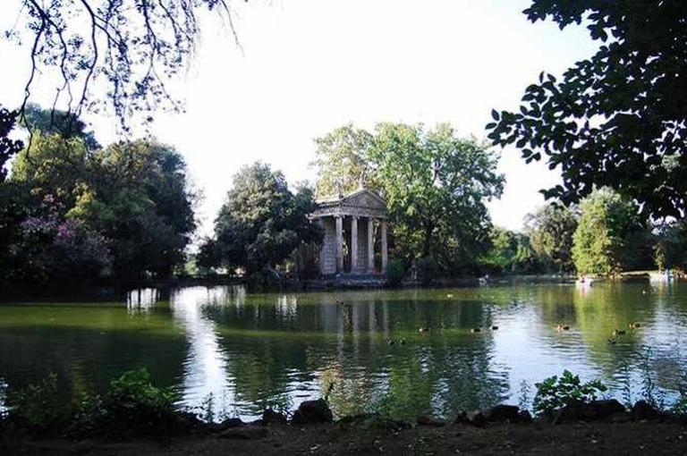 Villa Borghese Lake / Courtesy of Flavia Antonelli