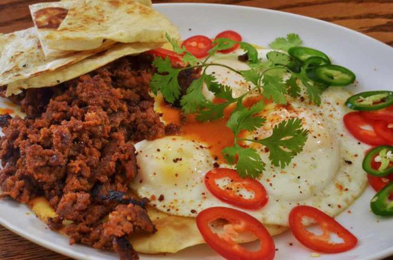 Chorizo and eggs © jeffreyw/Flickr