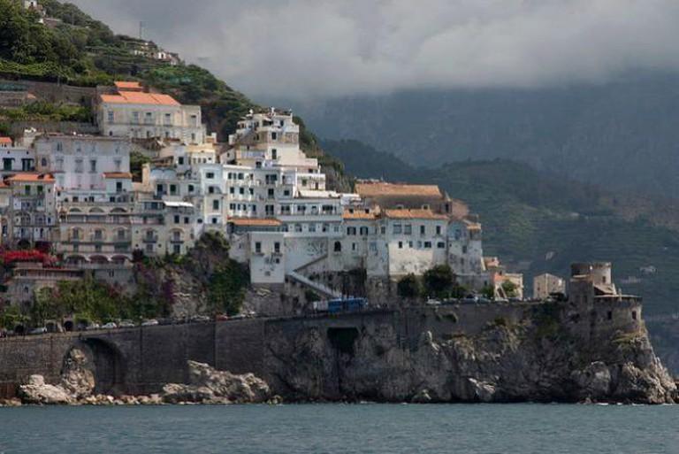 Amalfi Coast between Positano and Amalfi | © Jimmy Harris/Flickr