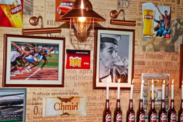Interior Design of the Bar l © Courtesy of Piwiarnia Warka