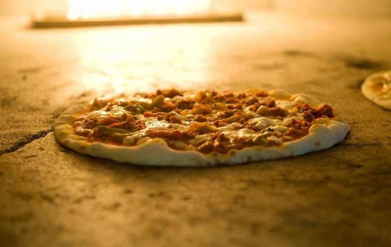 Fresh stone-baked pizza   © New Cross House